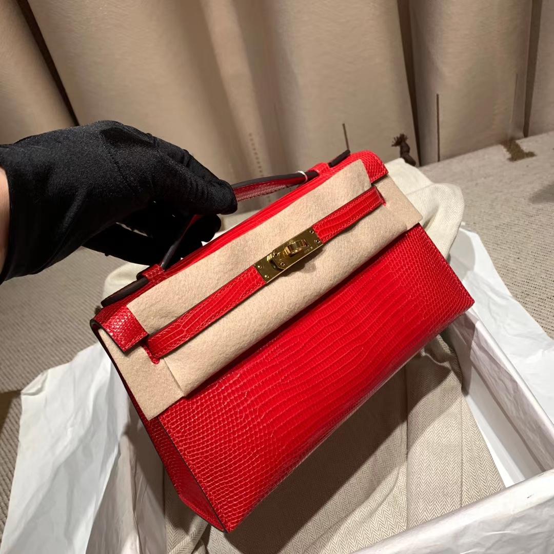 爱马仕官网 Mini Kelly 一代 22cm 西班牙蜥蜴 51异国红 金扣