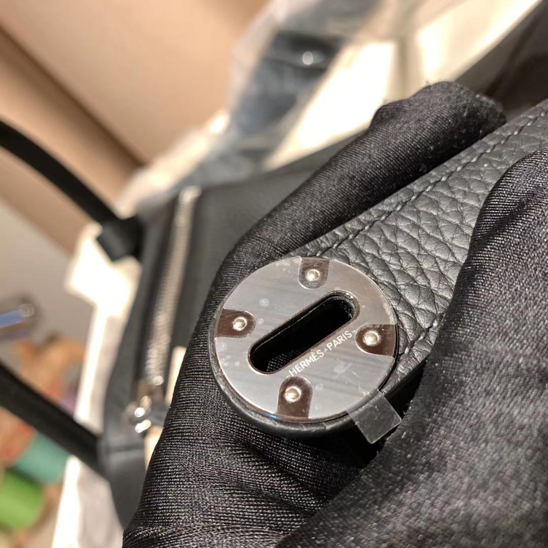 爱马仕包包 Lindy 30cm Clemence 89黑色 18K原版钯金银扣
