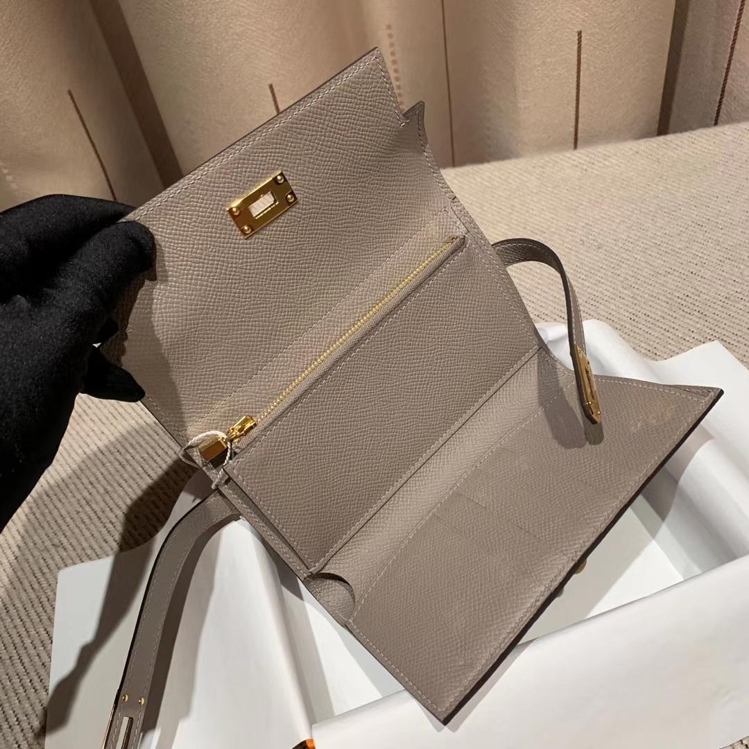 Hermes爱马仕 Kelly Compacr Waller Epsom M8沥青灰 金扣 小版的Kelly钱包
