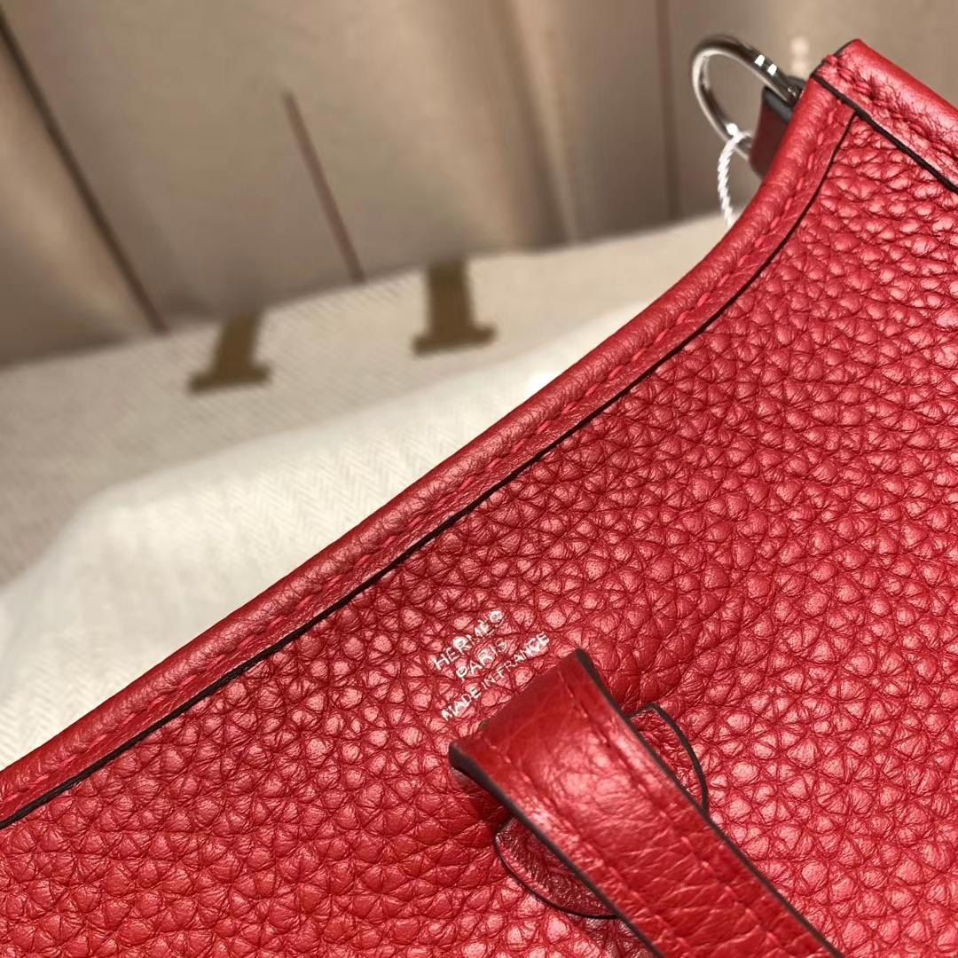 Hermes爱马仕 Evelyn 16cm Clemence Tc皮 Q5中国红 银扣