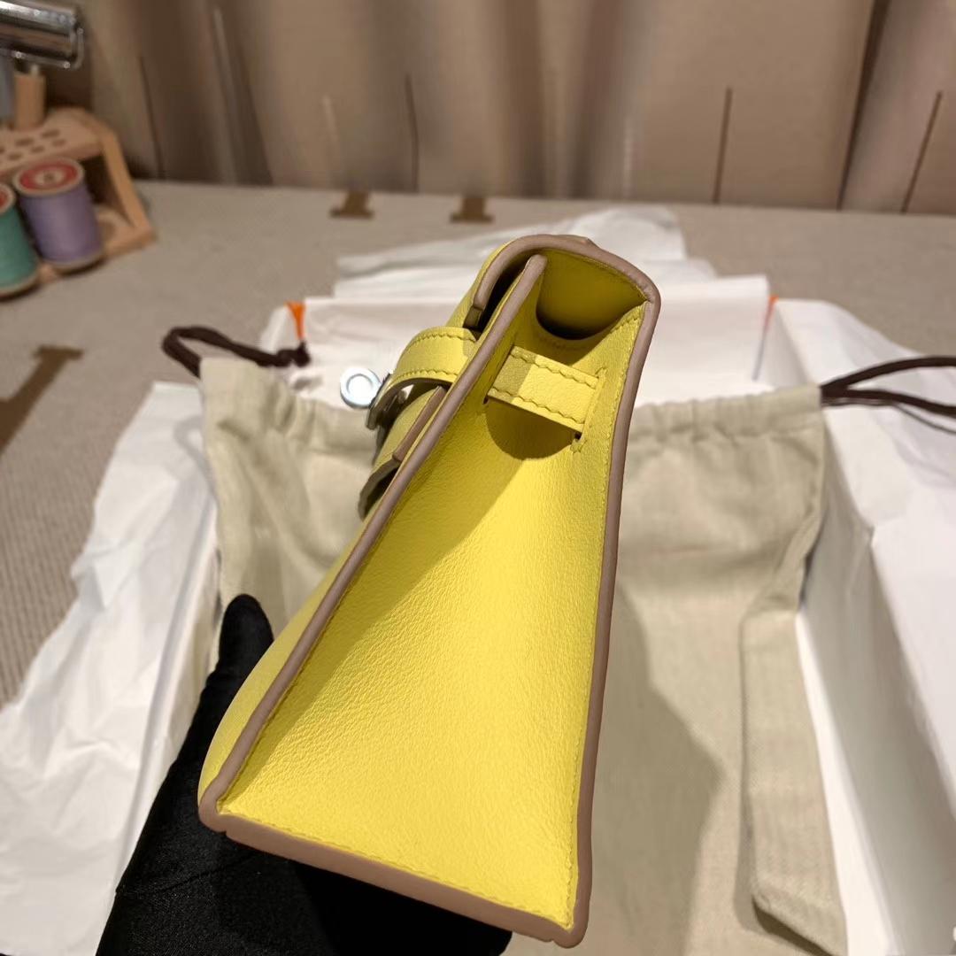 Hermes爱马仕 Mini Kelly Pochette 一代 22cm Swift 9R柠檬黄 银扣