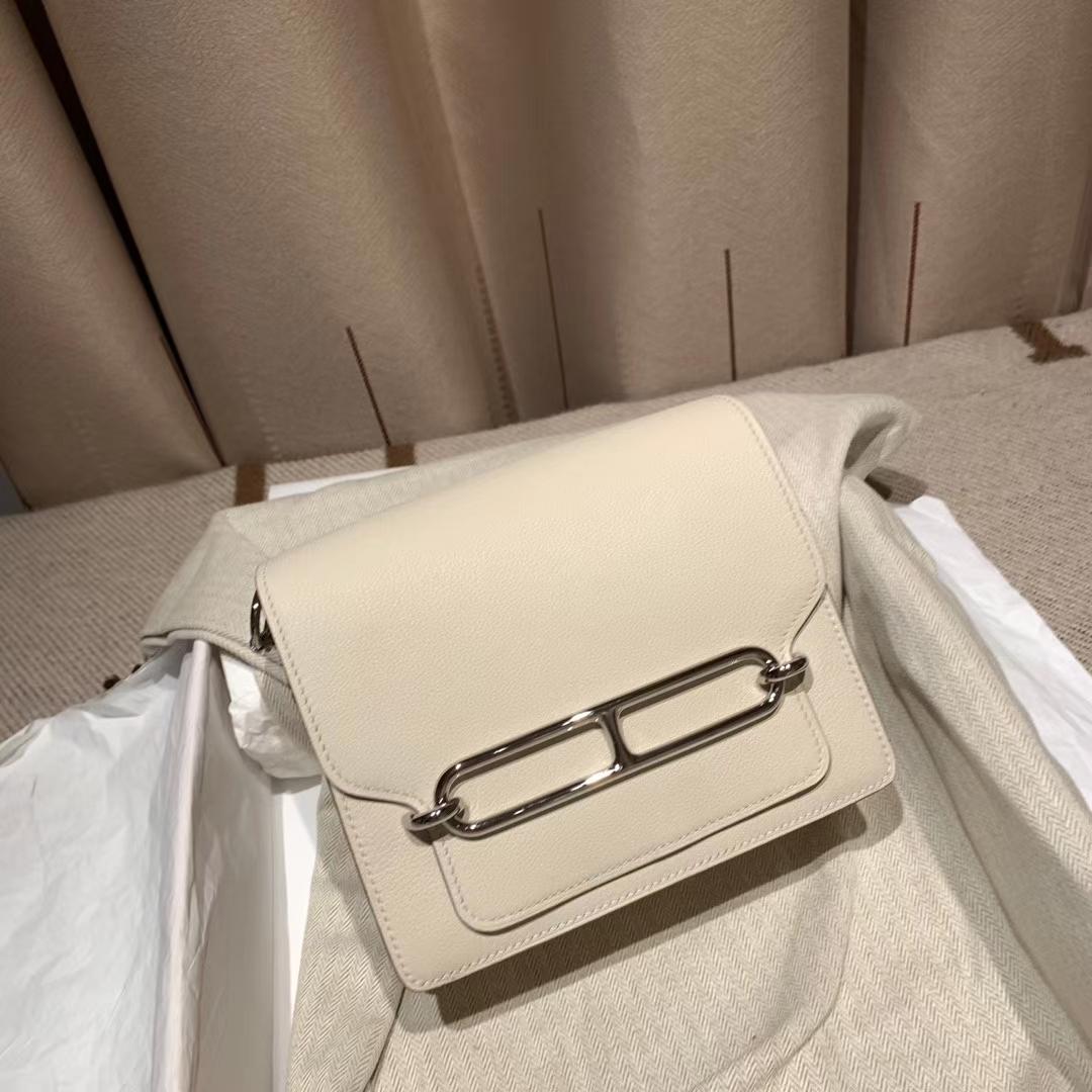 爱马仕包包 Roulis Mini 19cm Evercolor 10奶昔白 银扣
