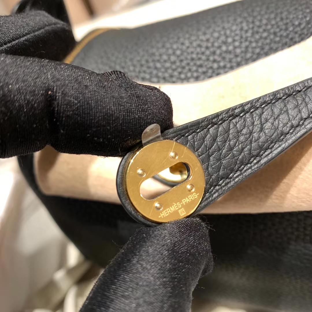 爱马仕包包 Lindy Mini 19cm Clemence 89黑色 金扣