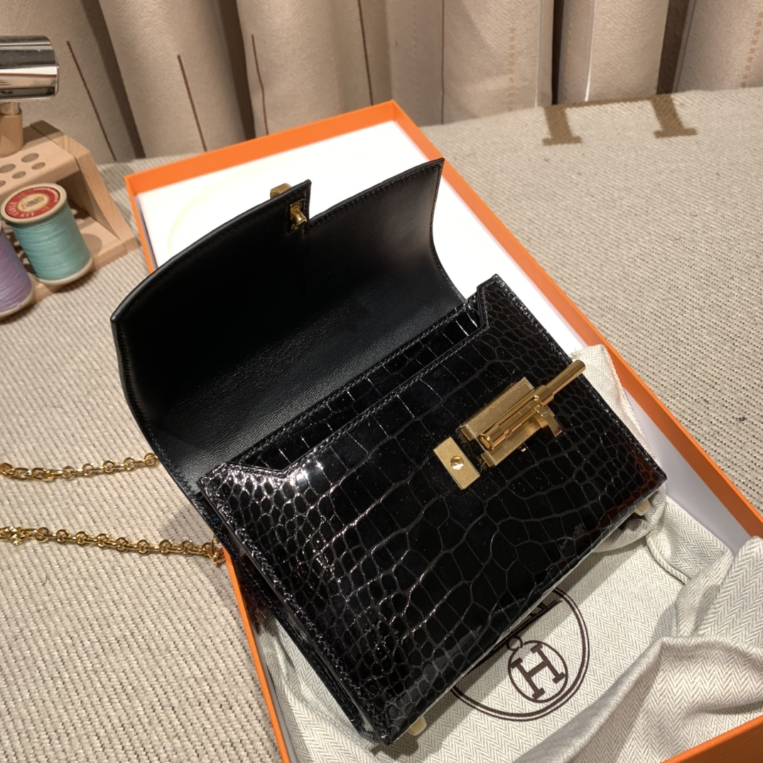 Hermes爱马仕 Verrou Mini 17cm 美洲亮面方块鳄鱼 89黑色 金扣