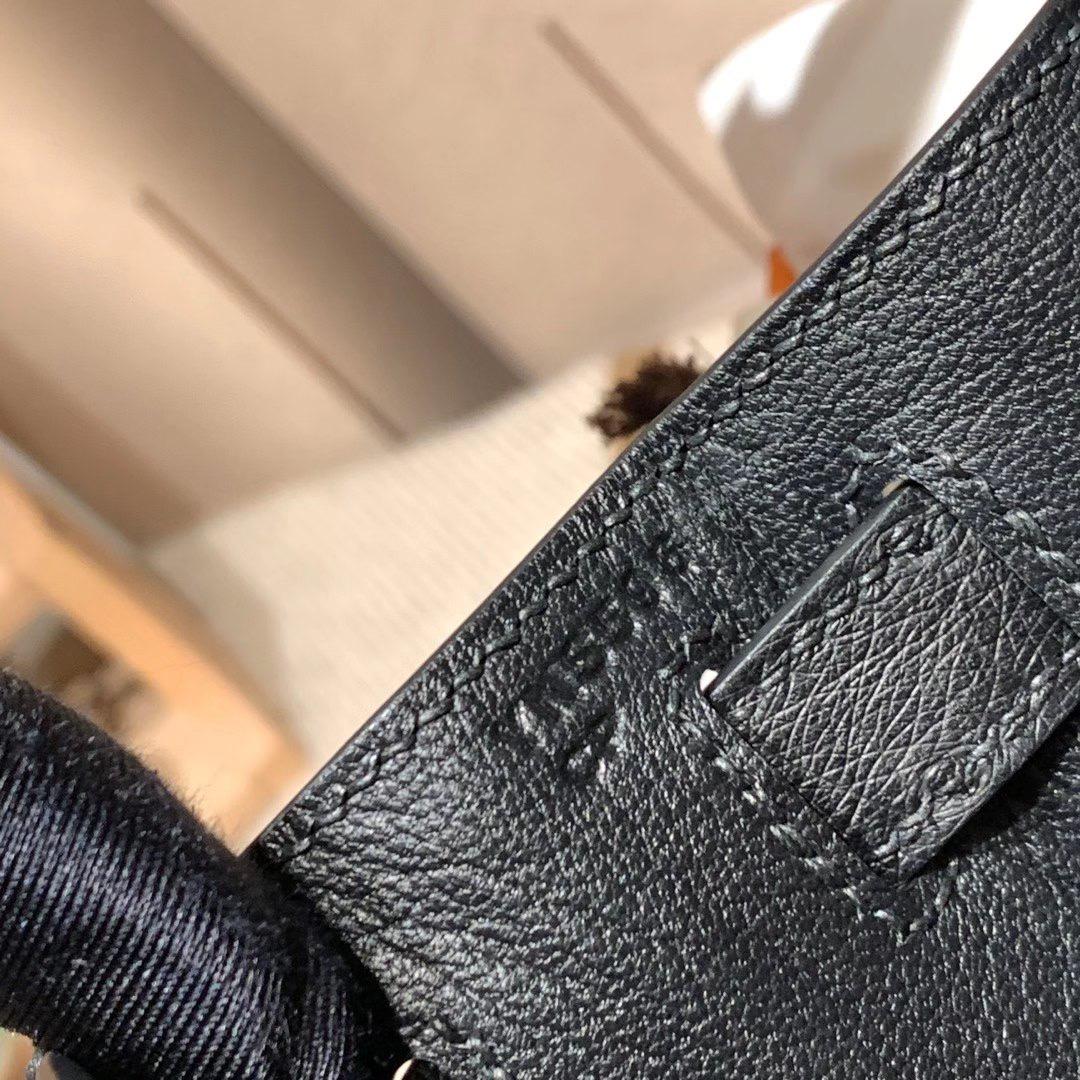 Hermes爱马仕 Kelly 28cm Ostrich南非鸵鸟 89黑色 金扣