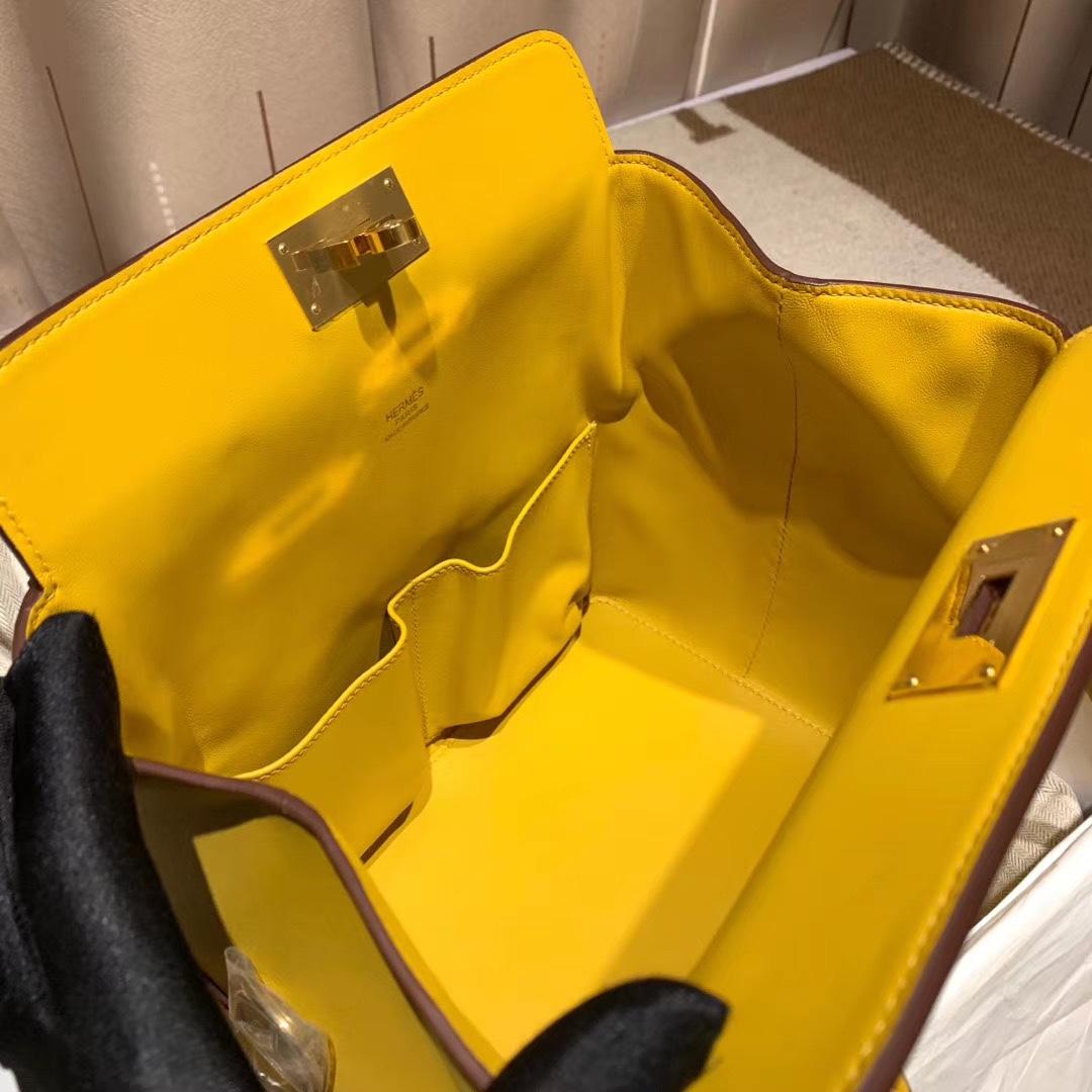 爱马仕包包 Toolbox牛奶包 20cm Swift 9D琥珀黄 金扣