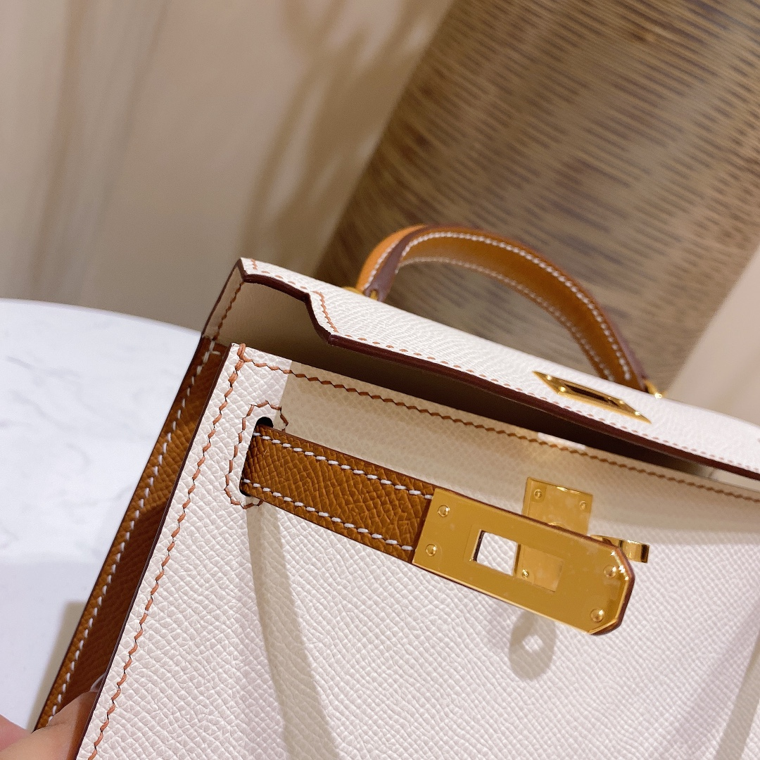 爱马仕包包 MiniKelly20cm10-奶昔白拼金棕金扣