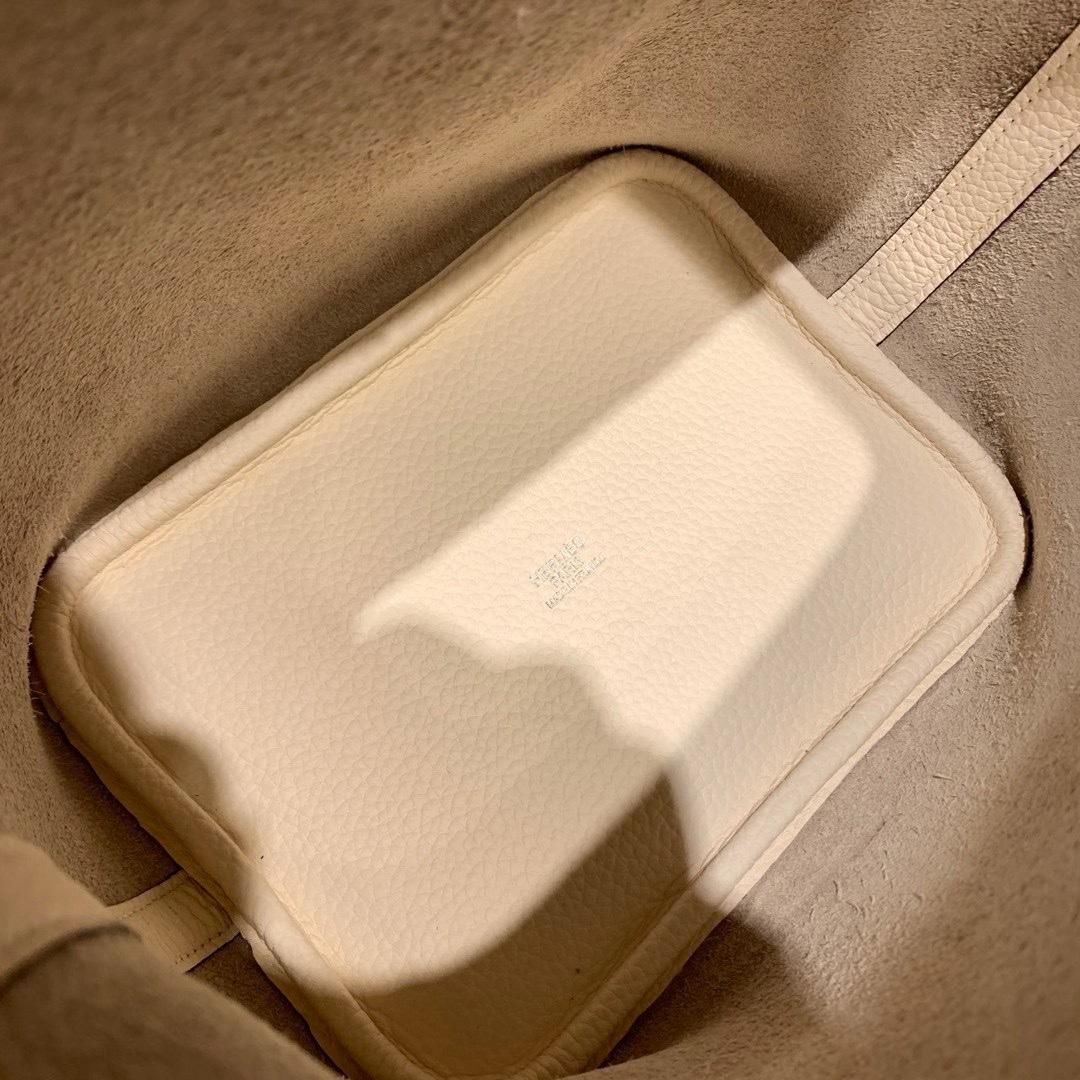 爱马仕包包批发 Picotin菜篮子 18cm Clemence Tc皮 I2奶油白 银扣 法国原产奶油白