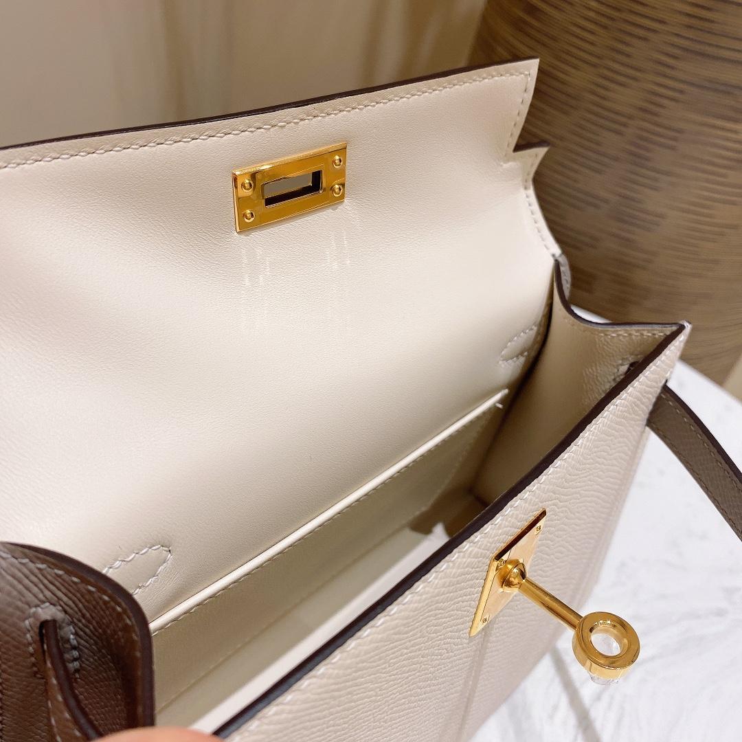 爱马仕包包 MiniKelly20cm10-奶昔白拼锡器灰金扣