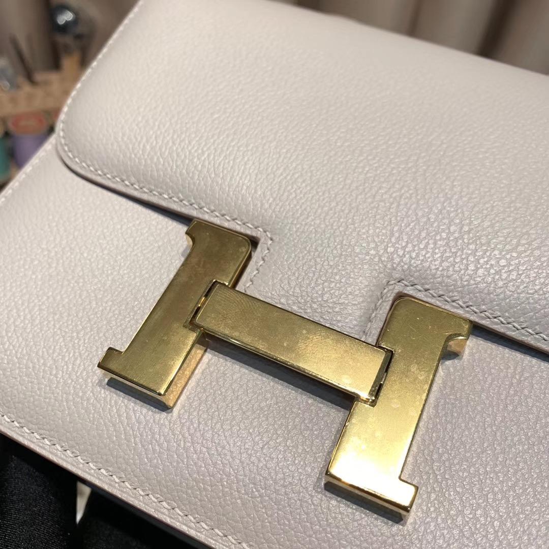 爱马仕空姐包 Constance 19cm Evercolor 80珍珠灰 金扣