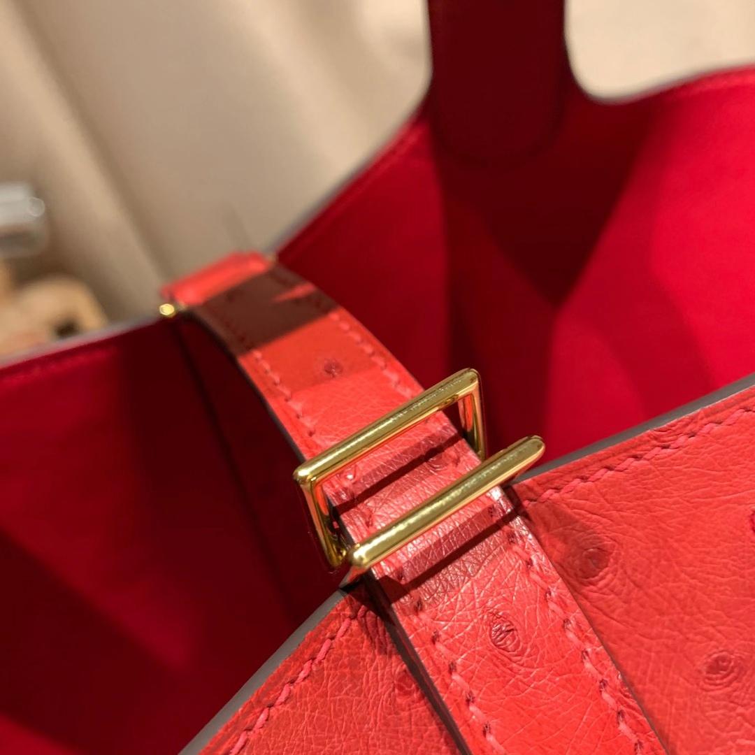 爱马仕包包 Picotin 18cm 南非鸵鸟Ostrich 心红色 金扣