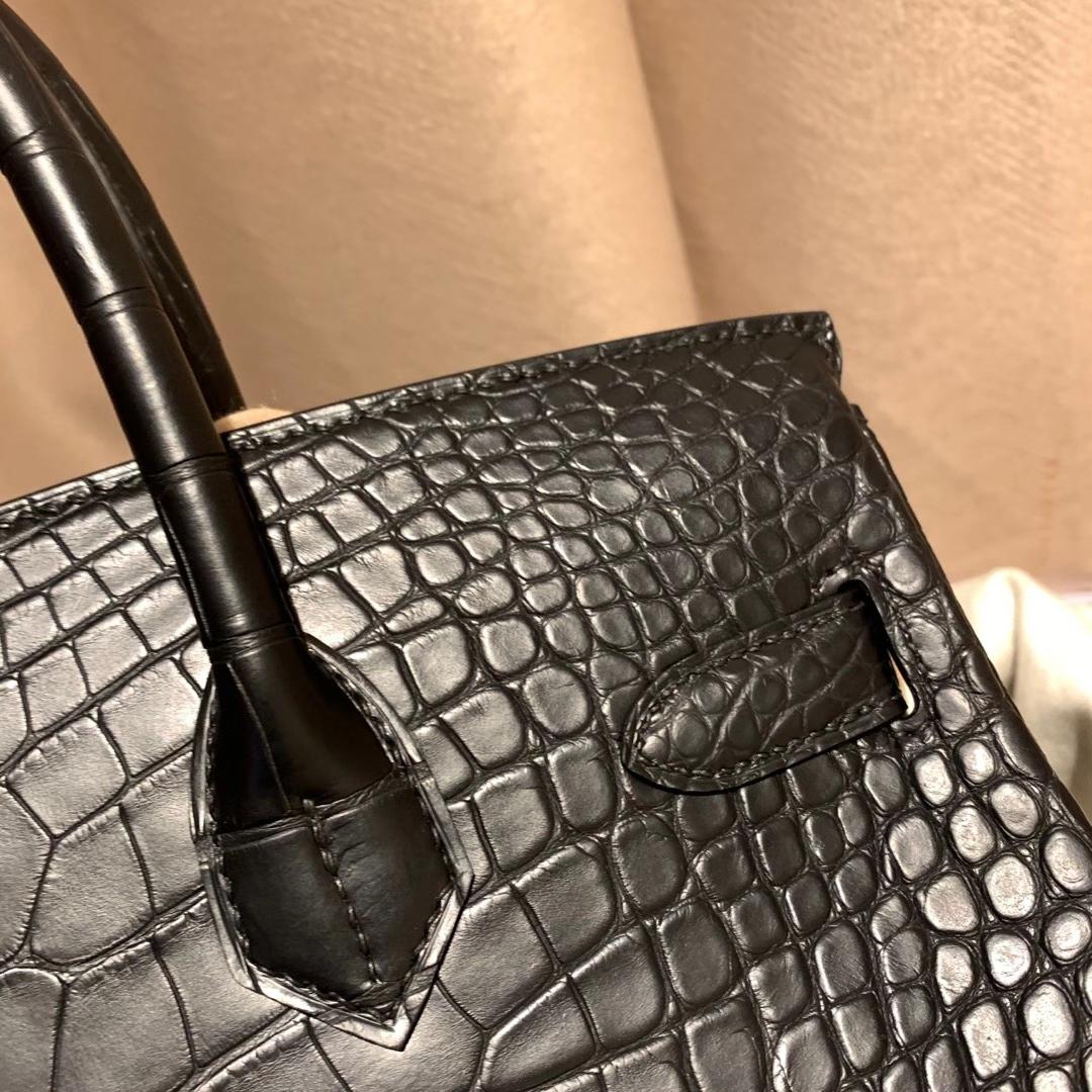 爱马仕包包 Birkin 30cm 雾面方块美洲鳄鱼 89黑色 银扣