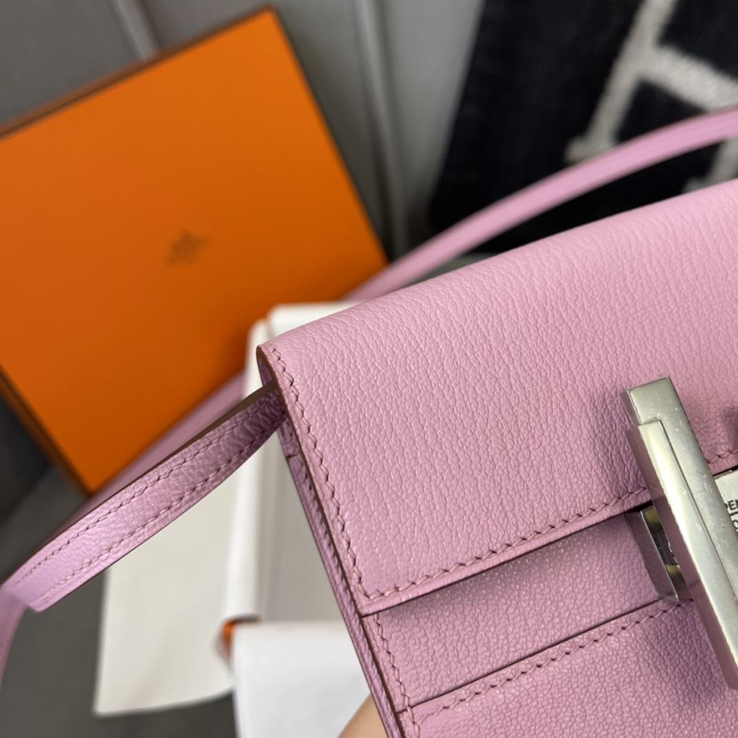 爱马仕包包 Cinhetic Mini 12cm 新款设计旋转扣 凹造型 配带镜子 山羊皮 X9锦葵紫 银扣
