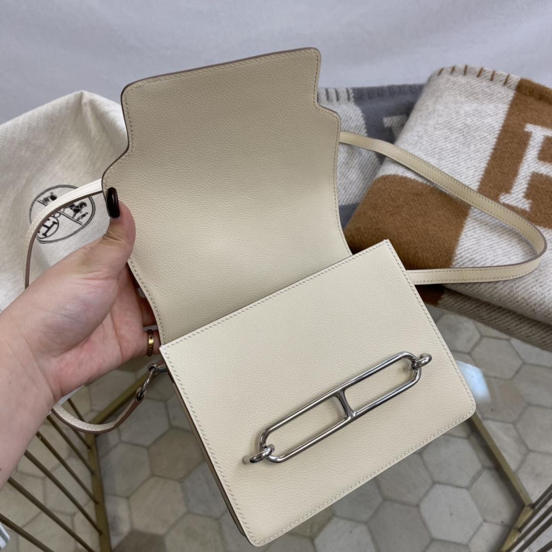 爱马仕包包工厂 Roulis猪鼻子 19cm Evercolor CC10奶昔白 银扣