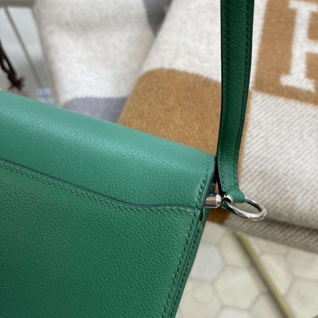 爱马仕包包工厂 Roulis猪鼻子 19cm Evercolor U4丝绒绿 银扣