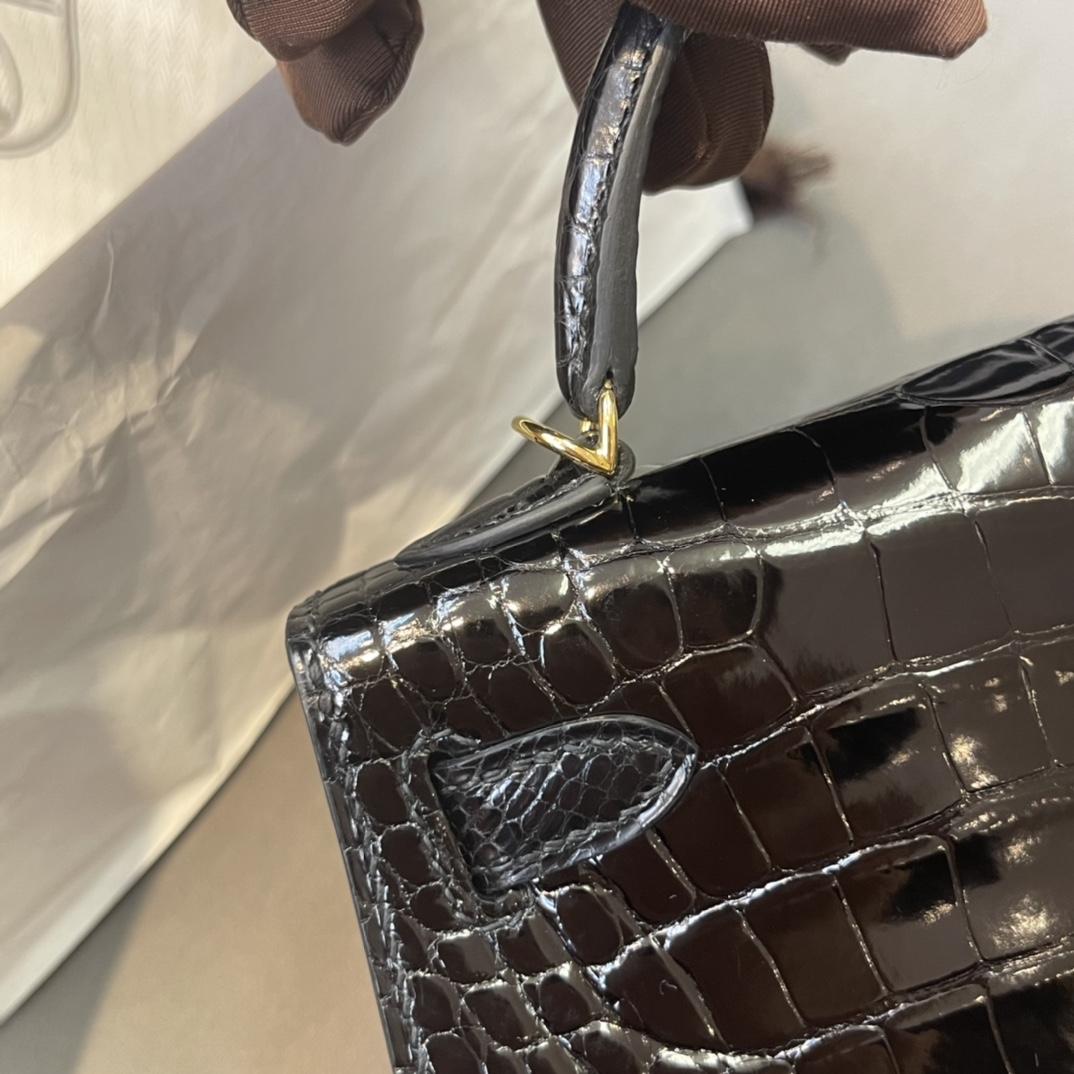 爱马仕包包工厂 Mini Kelly二代 亮面美洲方块鳄 89黑色 金扣