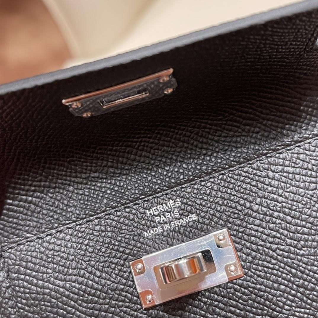 爱马仕包包 Kelly Pocket颜值和实用兼备 Epsom皮 89黑色 银扣
