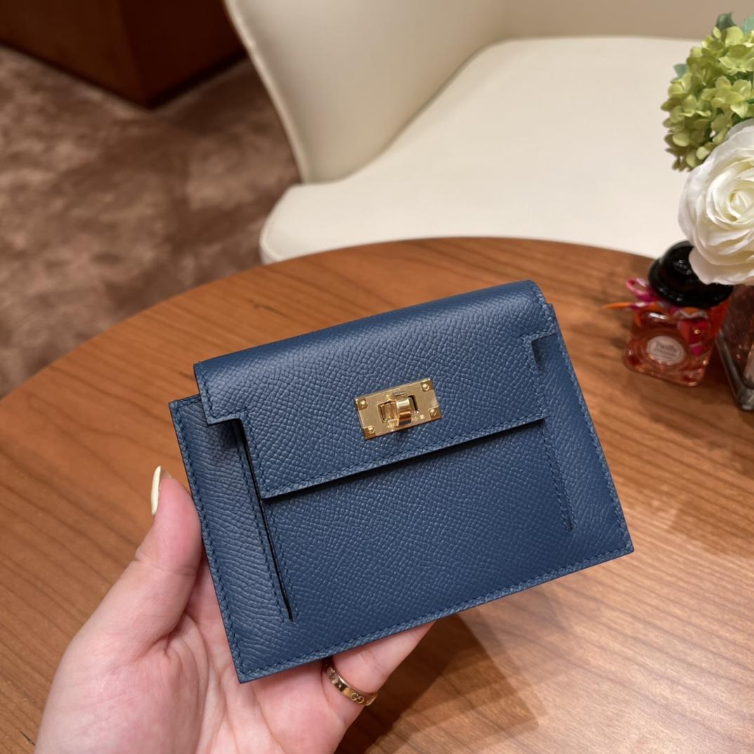 爱马仕包包 Kelly Pocket颜值和实用兼备 Epsom皮 S4深邃蓝 金扣